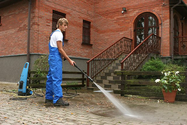 Pressure Cleaning Services in Brisbane